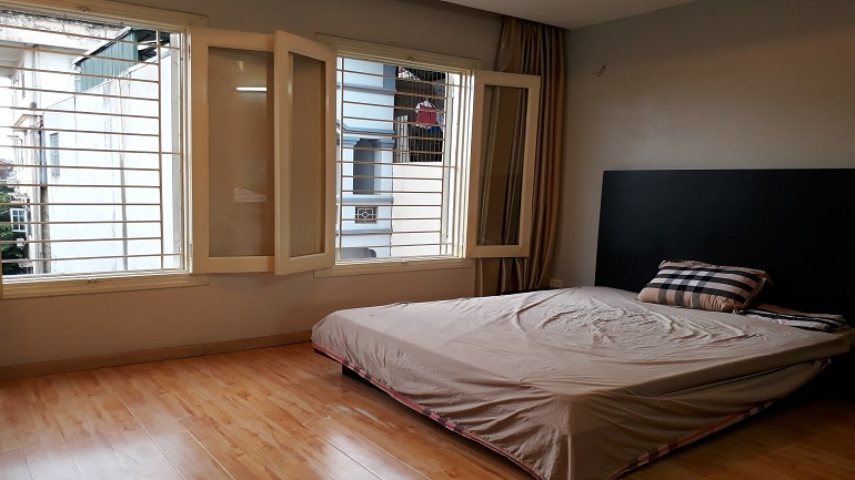 cheap 1  bedroom apartment in doi can street ba dinh