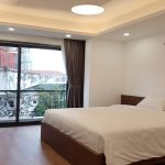 Nice modern studio apartment with balcony in Lieu Giai street, Ba Dinh district for rent