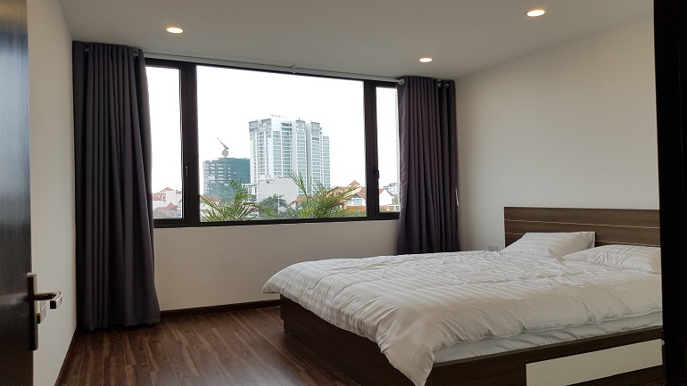 Modern 1 – bedroom apartment in Au Co street, Tay Ho district for rent
