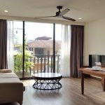 Modern 1 – bedroom apartment with balcony in Tu Hoa street, Tay Ho district for rent